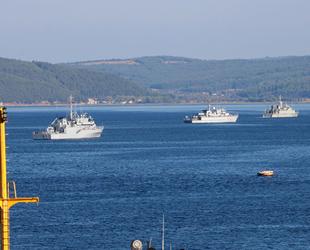 Tatbikat için gelen NATO gemileri, Çanakkale Boğazı'nı hareketlendirdi