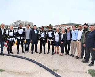 Çeşme'de sezonun son deniz dibi temizliği gerçekleştirildi