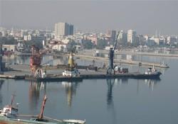 Limandaki yükler Pakistan'a gidecek