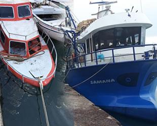 Samandağ'da balıkçı tekneleri batmaktan kurtarıldı