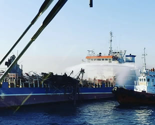 'ZALIV AMERIKA' isimli petrol tankerinde patlama: 3 ölü