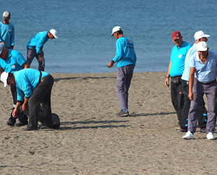 Samandağ sahilinde son 5 yılda 4 bin atık toplandı