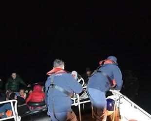 30 göçmen, Sahil Güvenlik uçağından kaçamadı