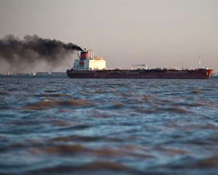 Kükürt sınırını aşan gemiler, bulutlar izlenerek tespit edilecek