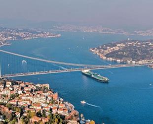 Mehmet Cahit Turhan: İstanbul Boğazı'nda tehlikeli madde taşıyan gemilerin oluşturduğu risk artıyor