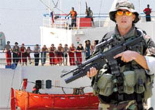 Korsanlara karşı emekli SAT komandoları