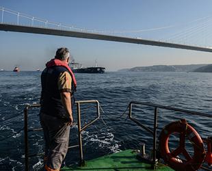 İstanbul Boğazı'nda 60 kılavuz kaptan hizmet veriyor