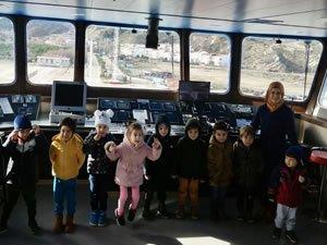 Minikler  Gestaş filosuna ait Gelibolu gemisini ziyaret etti