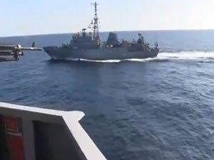 Umman Denizi'nde Rus gemisi ile ABD savaş gemisi arasında tehlikeli yakınlaşma