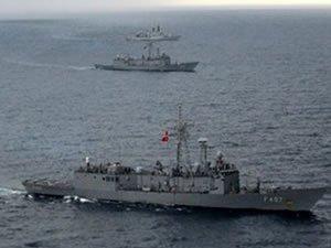 Türk Deniz Grubu'ndan Orta Akdeniz'de geçiş eğitimi