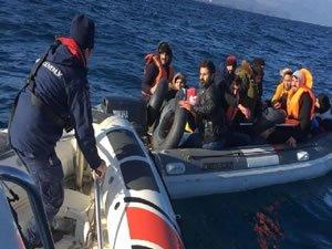 Sahil Güvenlik ekipleri 18 düzensiz göçmen yakaladı
