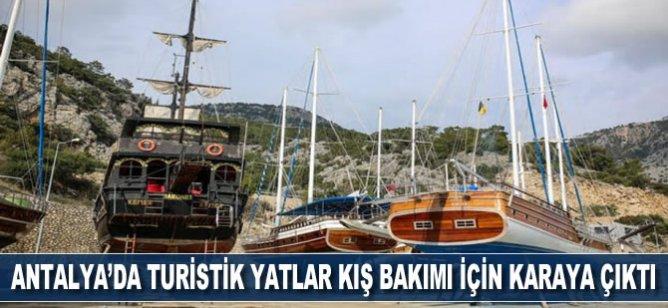 Antalya'da turistik yatlar periyodik kış bakımı için karaya çıktı