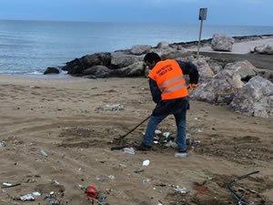 Sinop'ta  sahillerde çevre temizliği yapıldı