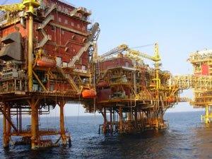 Küresel petrol üretimi Ocak'ta azaldı