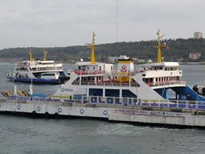Çanakkale'de fırtına sebebiyle bazı ada seferleri iptal edildi