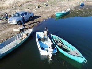 Beyşehir Gölü'nde 'şok'la yasa dışı balık avcılığına dronelu takip