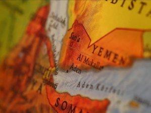 BAE destekli güçler, Suudi birliklerin Aden Limanı'na girişini engelledi