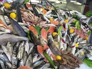 Balık tezgahlarında her şey 10 lira