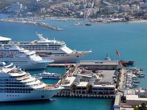 Kuşadası Limanı'nda koronavirüs önlemleri artırıldı