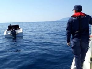 İzmir açıklarında 30 göçmen kurtarıldı