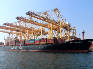 Türkiye'nin en büyük konteyner limanında sıkı önlem