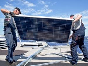 Koronavirüs ABD'de güneş sektörü istihdamını yarıya indirebilir