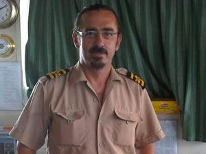 Kalp krizi geçirerek hayatını kaybeden Kaptan Semih Falay son yolculuğuna uğurlandı