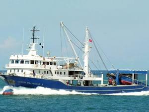 Afrika'dan Trabzon Limanı'na gelen balıkçılar karantina altına alındı