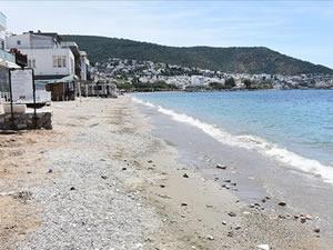Turizm merkezleri Antalya ile Muğla'da sahiller boş kaldı