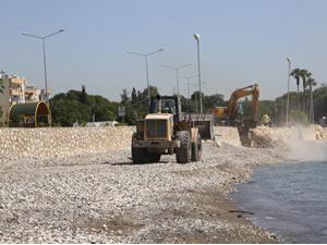 Erdemli sahilleri halkın kullanımına hazırlanıyor