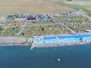 Türkiye'nin iç sulardaki ilk ve tek mavi bayraklı halk plajı sezona hazır