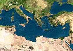 Akdeniz 4,8 le sallandı