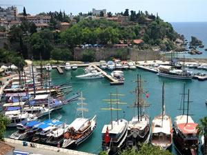 """Tekne sahipleri, """"mavi tur"""" hareketliliği için dış pazarın açılmasını bekliyor"""