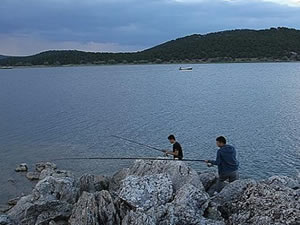 Beyşehir Gölü'nde olta avcılığı yapılacak alanlar belirlendi