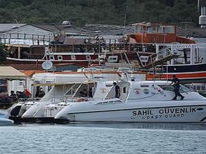 Yunanlıların geri ittiği göçmenleri, Türk Sahil Güvenlik'i kurtardı
