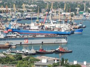 Kırım'a yasa dışı giriş yapan 18 gemi hakkında tutuklama kararı alındı