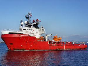 Akdeniz'de 180 göçmeni kurtaran yardım gemisi bir haftadır güvenli liman bekliyor