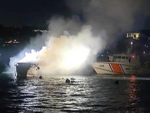 İstanbul Boğazı'nda korkutan tekne yangını!