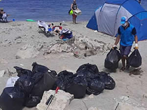 Kandıra sahillerinden 250 ton atık toplandı