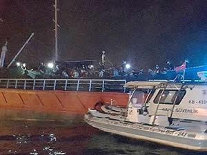 276 sığınmacının yük gemisinde yakalanmasıyla ilgili 8 şüpheli adliyede