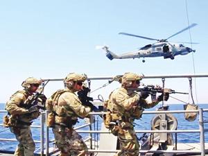 Türk Deniz Kuvvetleri Sualtı Taarruz Timleri, Orta Akdeniz'de gövde gösterisi yaptı