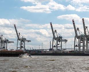 Hamburg Limanı'nda 300 milyon Euro'luk kokain ele geçirildi
