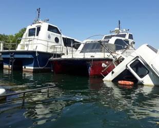 Deniz taksiler Haliç'te çürüyor