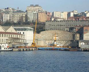'Elektrikli yolcu gemisi' prototipi Haliç Tersanesi'nde üretilecek