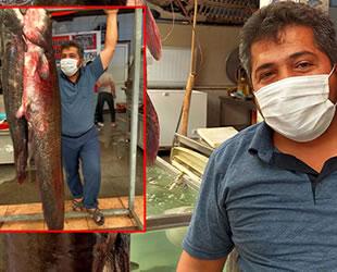 Kahramanmaraş'ta insan boyunda yayın balığı yakalandı
