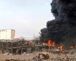 Beyrut Limanı'nda patlamadan 1 ay sonra yangın çıktı