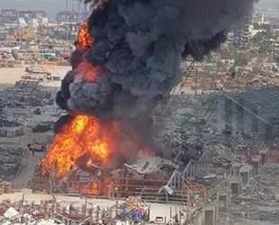 Beyrut Limanı'ndaki yangında Kızılhaç'a ait gıda maddeleri yandı