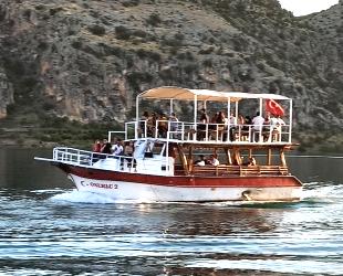 Birecik ve Halfeti'de 34 adet gezinti teknesi 10 yıllığına kiralandı