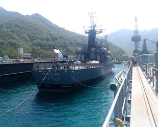 Beyrut'taki patlamada hasar gören 'BNS BIJOY' isimli askeri gemi, Türkiye'de onarıldı