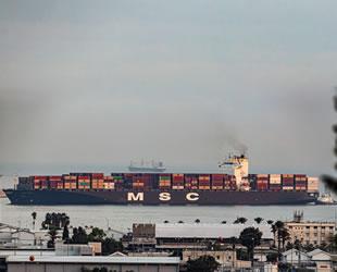 BAE'den gelen ilk konteyner gemisi, İsrail'e yanaştı